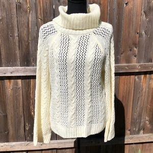 Marled turtle neck %100 Acrylic sweater size M
